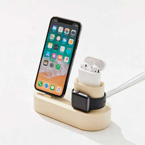For the Techie: Elago Charging Hub