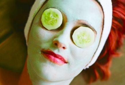 diy cucumber almond mask