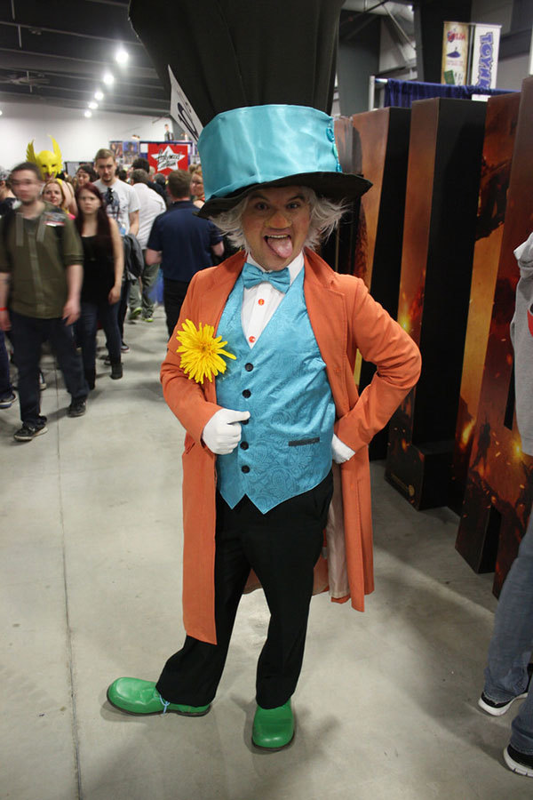 Alice In Wonderland Halloween Costumes You Ll Go Mad For More