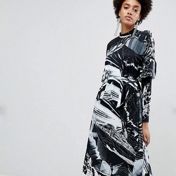 "You need this dress if you want ""Star Wars"" to go high fashion."