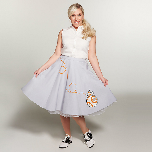 We're officially only recognizing poodle skirts that exchange BB-8 for the dog now that we've seen this throwback style.