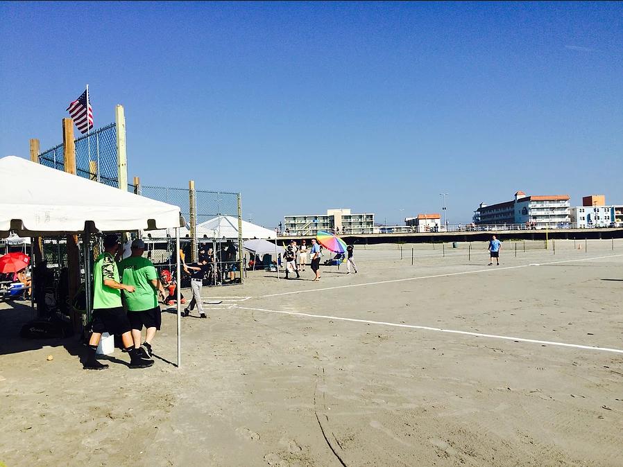 Beach Baseball4