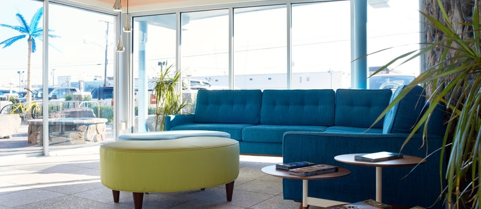 Blue Palms Lobby 938X409