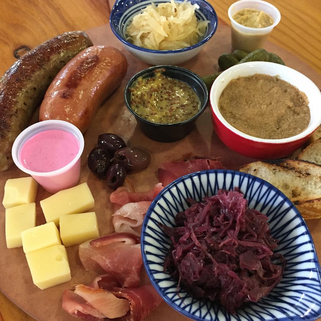 Jumbos Oktoberfest Platter