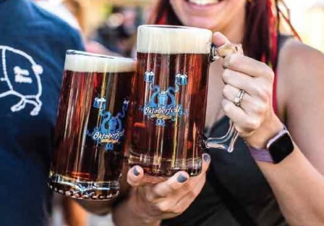 Oktoberfest Beer Steins 01
