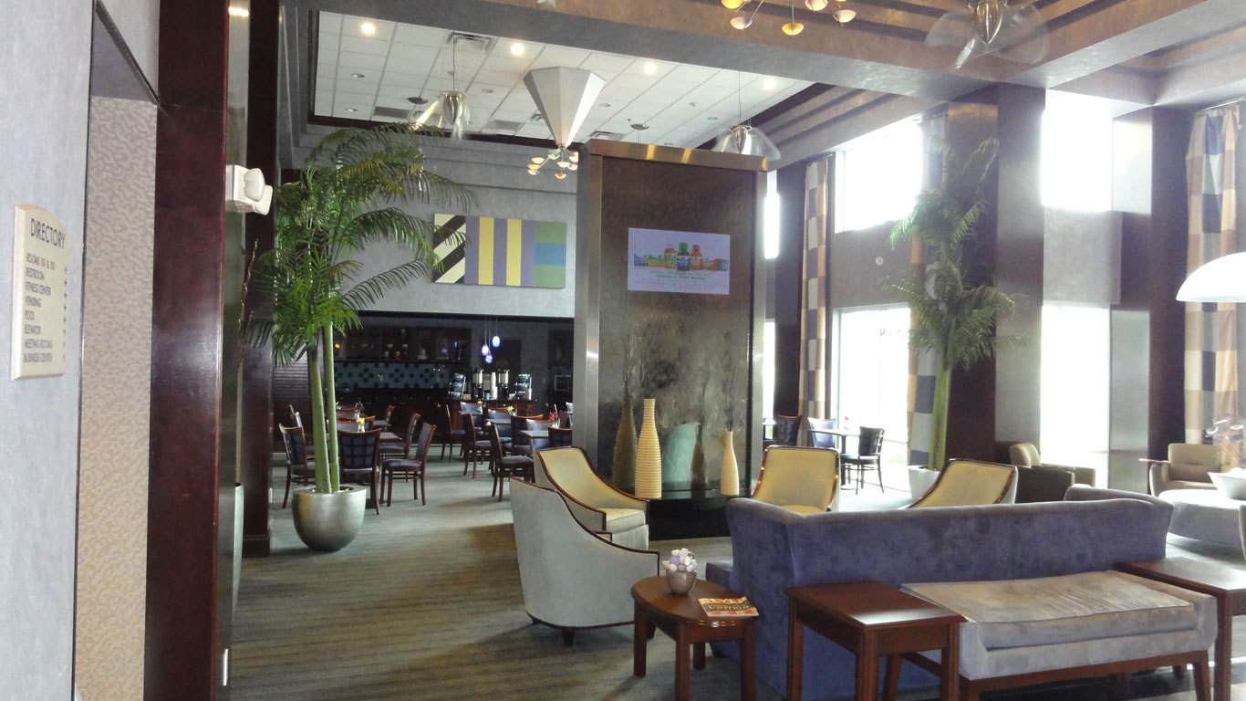 Bluworld of Water Iaqua Hotel Lobby Design Water Feature