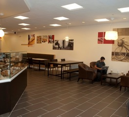 Dern Andersen Bread Interior 3