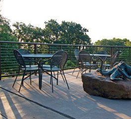 Feeney Inc Aluminum Railings at the Omaha Zoo Designrail cablerail