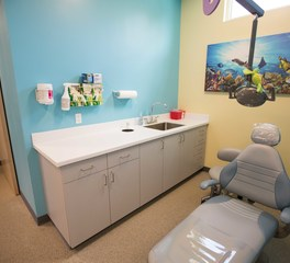 Gator Millworks Smile Stars Pediatric Dentistry Exam Room