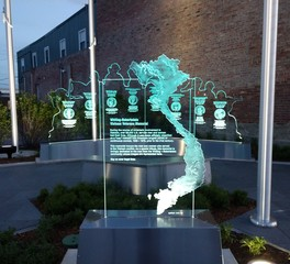 GRT Glass Design Vietnam Veterans Memorial Etched Glass