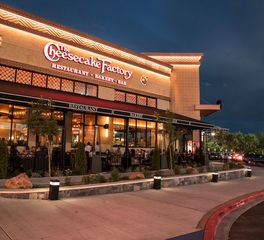 Meteor Lighting Cheesecake Factory Exterior Pathway Lighting