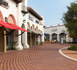 Outdoor mall walking pavement