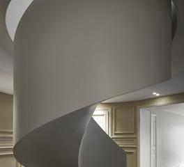 Paris' Rue De Tilsitt interior staircase eesoffit finish 2