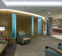 Park Nicollet waiting room design lighting