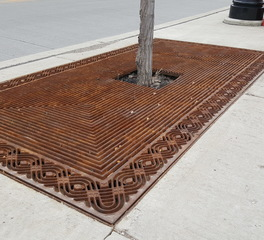 Rectangle tree grate
