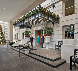 sachse_construction_hospitality_the_detroit_athletic_club