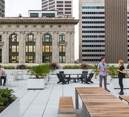 Snow kreilich architects mccann minneapolis outside patio