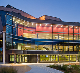 Stahl Construction MCTC: Helland & Whitney Fine Arts Centers