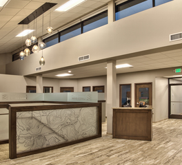 Vanman_Minnesota_Lakes_Bank_interior