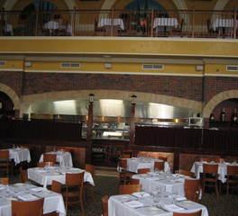 Zanaro's Dining Area