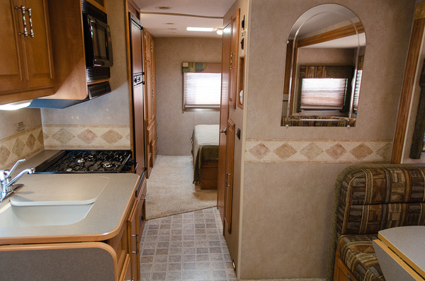 Winnebago Outlook L Of on newell motor coach luxury motorhomes