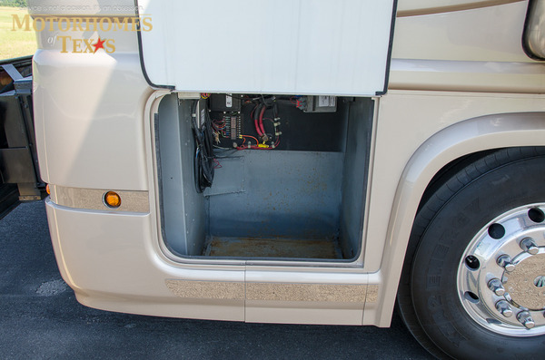 2004 newell coach 45 %2821 of 30%29