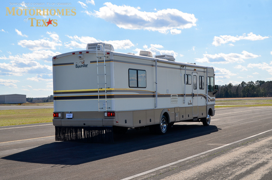 1999 Fleetwood Bounder 34_%2831_of_27%29?1424370084 1999 fleetwood bounder 36' priced at $ 21500