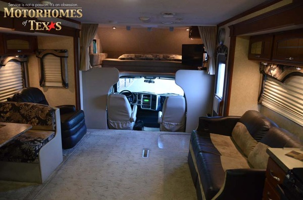 Jayco Seneca on newell motor coach luxury motorhomes