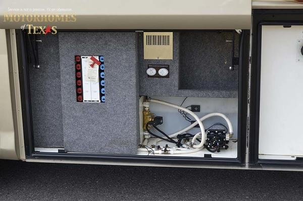 C1909 2008 foretravel nimbus1943