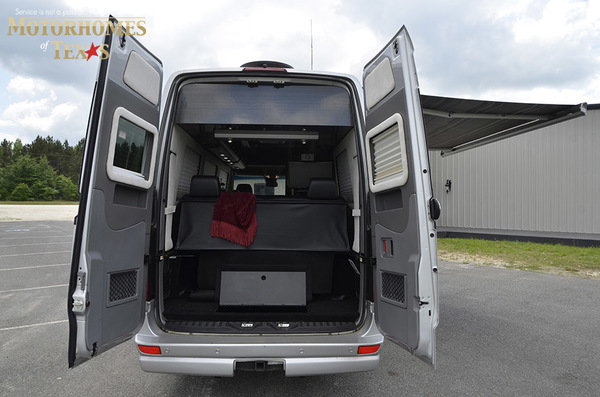 C2007 2014  airstream mercedes interstate lounge ext 090