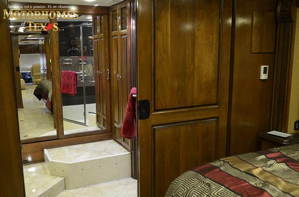 C1989 2012 monaco dynasty 45 palace iv429
