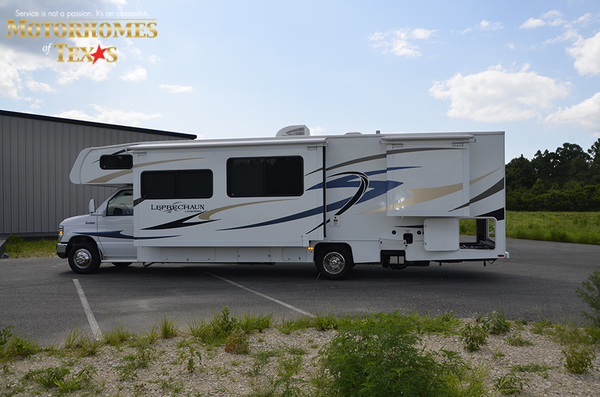 C2016 2014 coachmen leprechaun6867