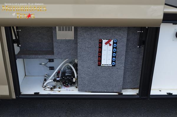 C2030 2008 foretravel nimbus 7302