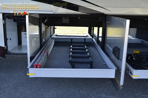 C2062 2011 tiffin allegro bus 8351