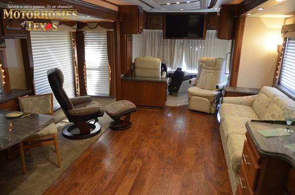 B0002a 2005 country coach 8783