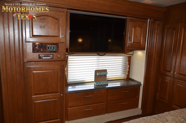B0002a 2005 country coach 8802