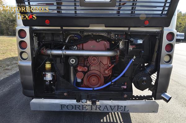 C2071 2007 foretravel phenix 9070