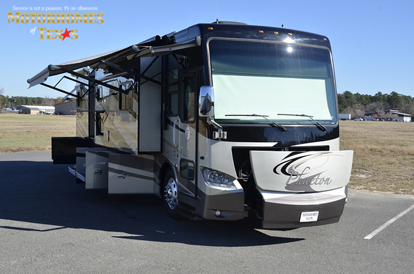 C2080 2011 tiffin phaeton 9720