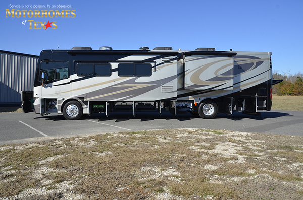 C2080 2011 tiffin phaeton 9722