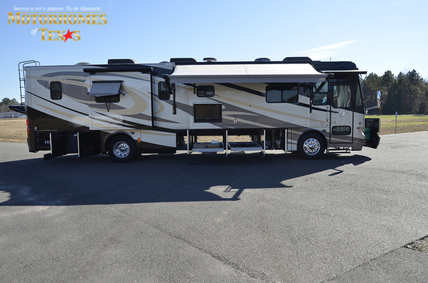 C2080 2011 tiffin phaeton 9725
