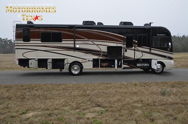 P1275a 2014 fleetwood southwind 9823