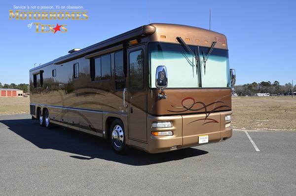 P1283a 2005 foretravel u320 0099