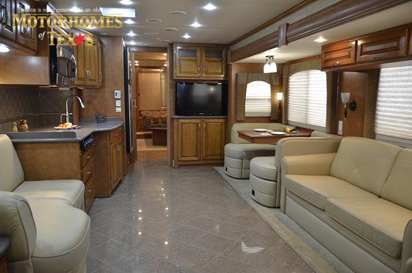 C2100 2011 newmar ventana 0427
