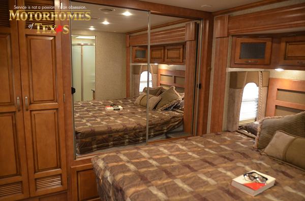 C2100 2011 newmar ventana 0441
