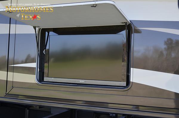C2100 2011 newmar ventana 0452
