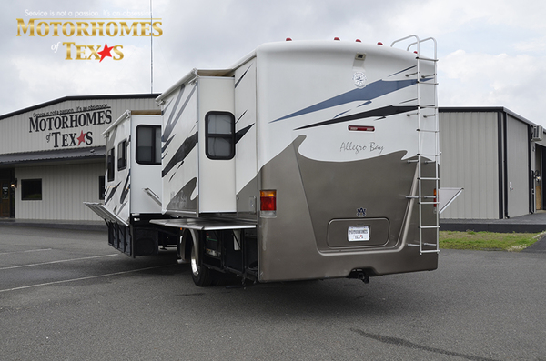 C2080a 2005 tiffin allegro bay 0518