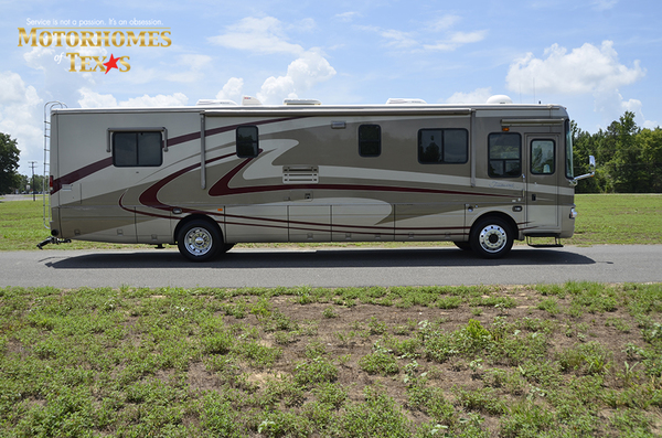 C2017a 2003 national rv tradewinds 2211