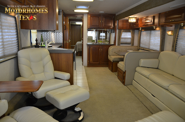 C2017a 2003 national rv tradewinds 2188