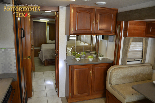 C2017a 2003 national rv tradewinds 2195