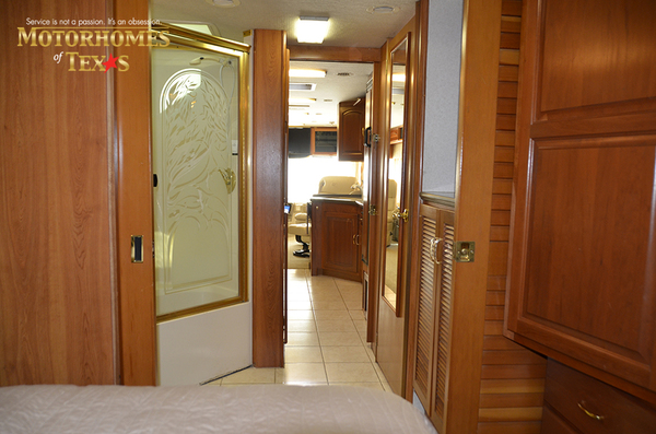 C2017a 2003 national rv tradewinds 2205